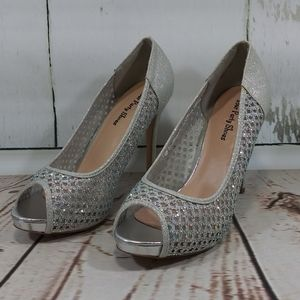 Your Party Shoes Lacey Silver Crystal Glitter NWOT
